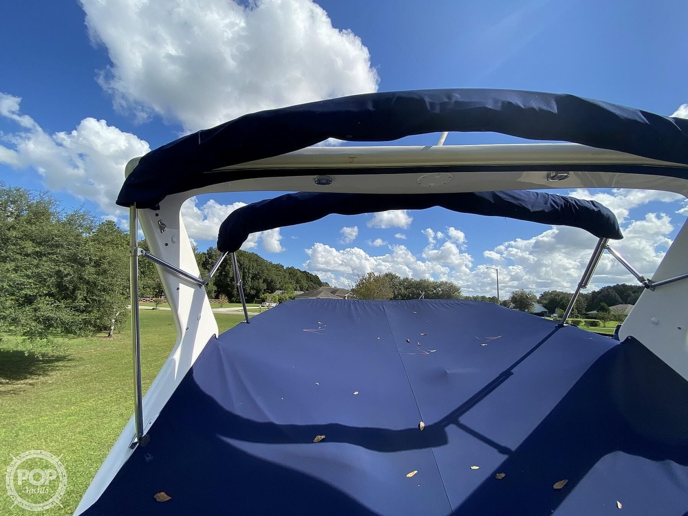 2004 Regal boat for sale, model of the boat is Commodore 2860 & Image # 24 of 40