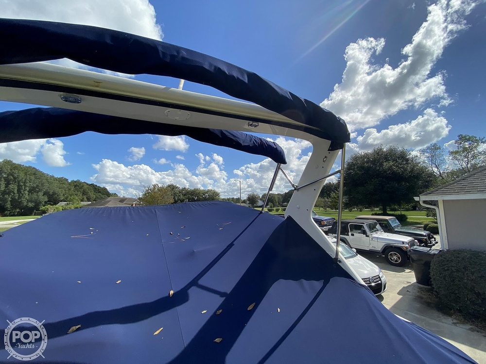 2004 Regal boat for sale, model of the boat is Commodore 2860 & Image # 25 of 40