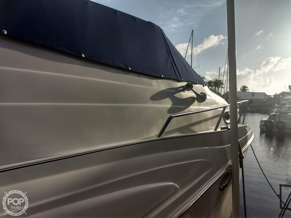2001 Regal boat for sale, model of the boat is Commodore 2760 & Image # 21 of 40