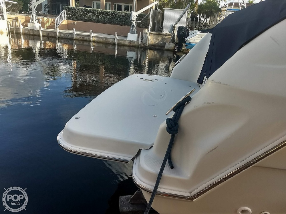2001 Regal boat for sale, model of the boat is Commodore 2760 & Image # 25 of 40