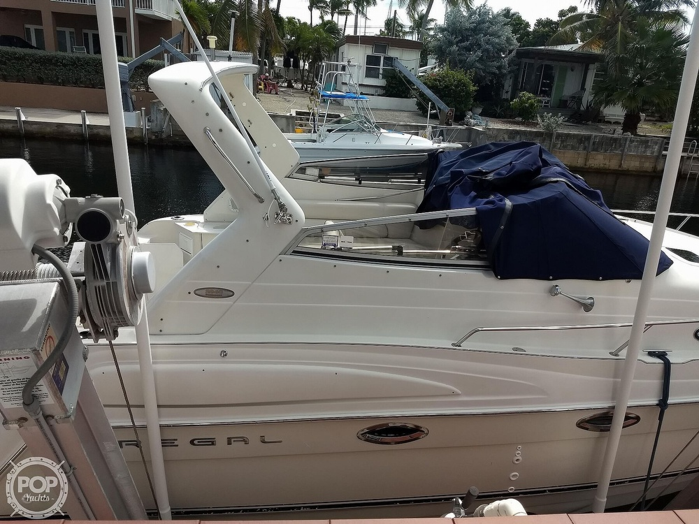 2001 Regal boat for sale, model of the boat is Commodore 2760 & Image # 29 of 40