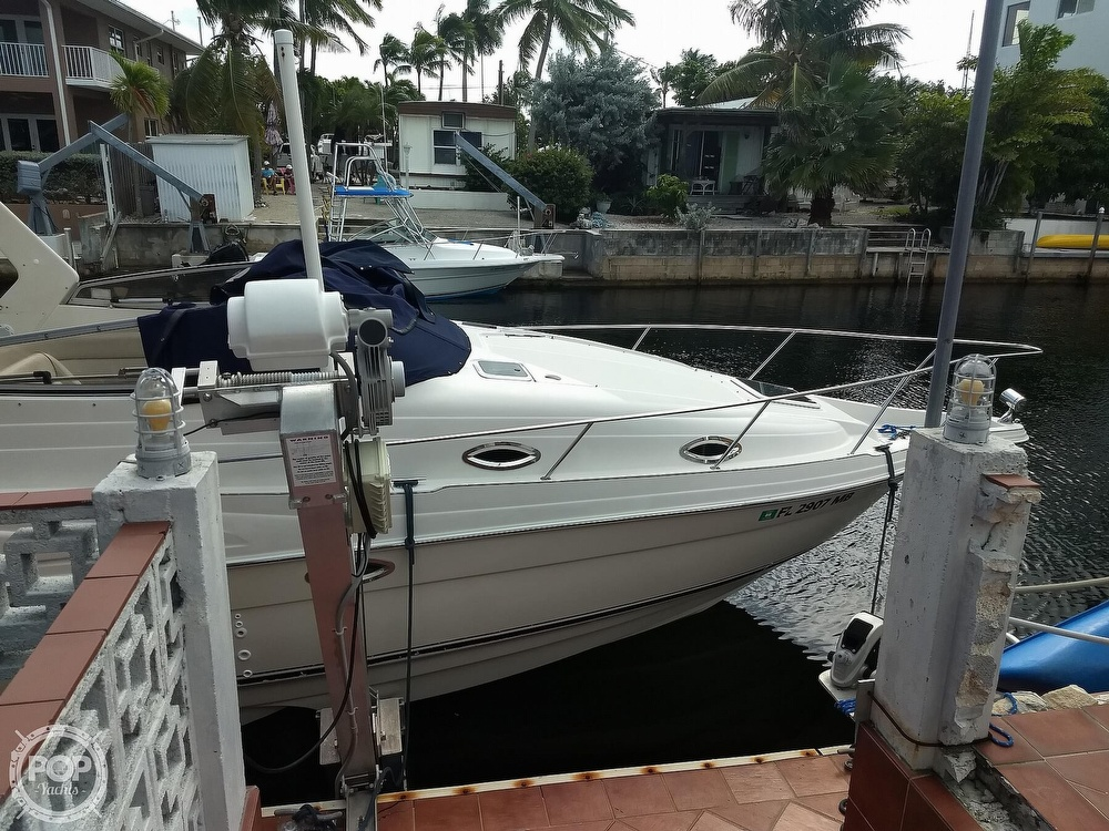 2001 Regal boat for sale, model of the boat is Commodore 2760 & Image # 31 of 40