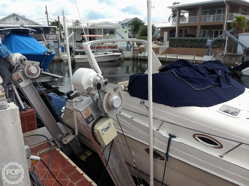 2001 Regal boat for sale, model of the boat is Commodore 2760 & Image # 34 of 40