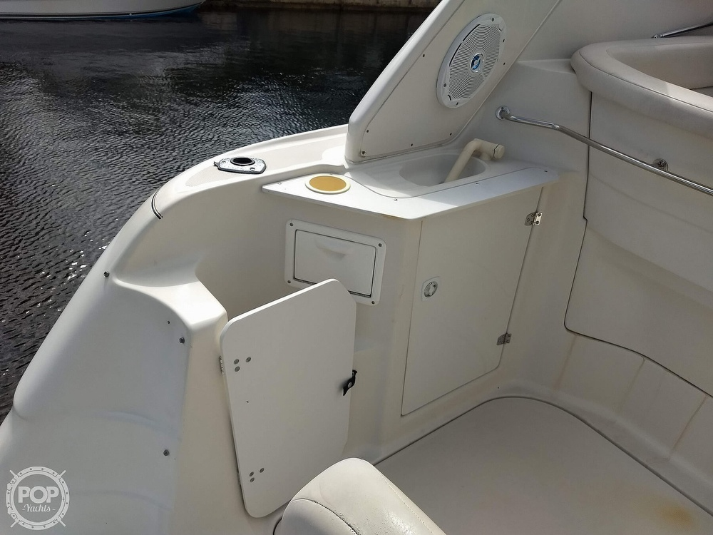 2001 Regal boat for sale, model of the boat is Commodore 2760 & Image # 37 of 40