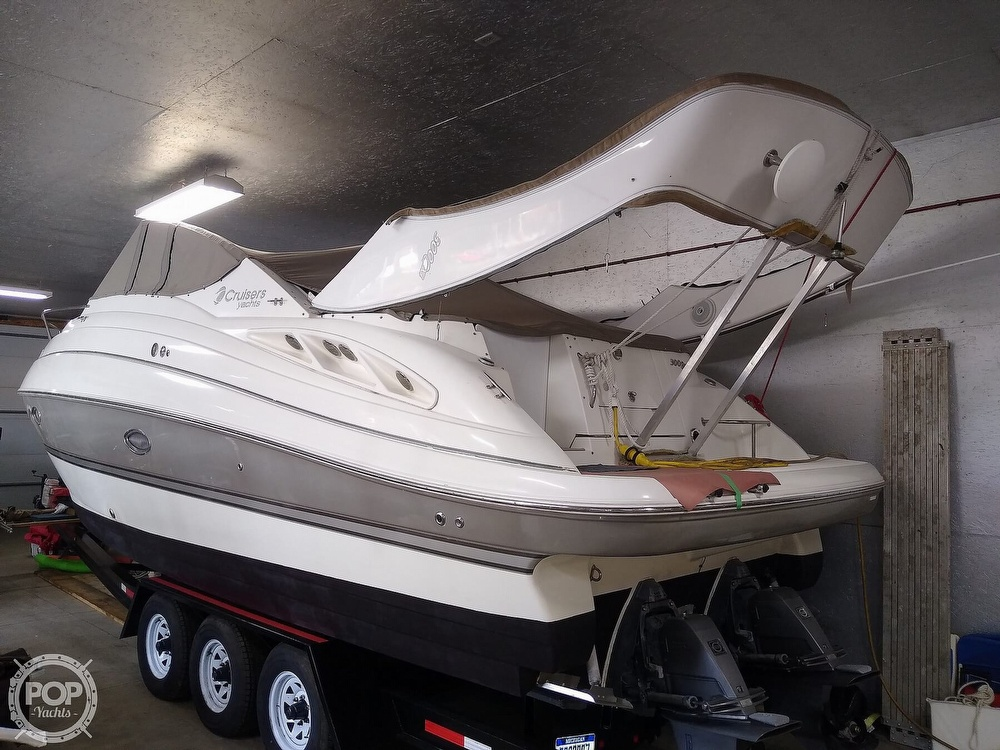 2007 Cruisers Yachts boat for sale, model of the boat is 300 Cxi & Image # 18 of 40