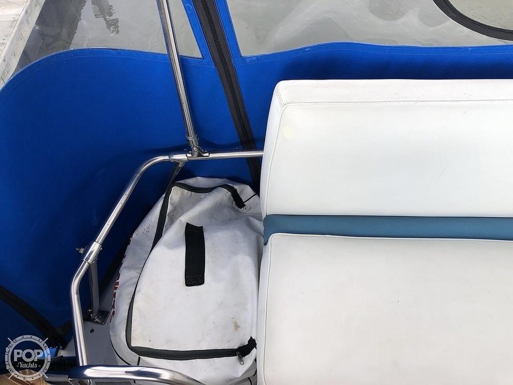 1986 Bayliner boat for sale, model of the boat is Explorer 3270 Diesel & Image # 24 of 40