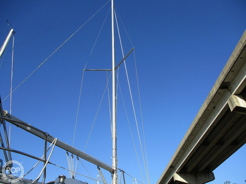 2000 Beneteau boat for sale, model of the boat is 311 & Image # 8 of 32