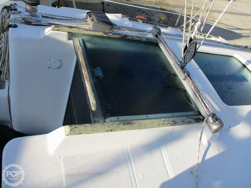 2000 Beneteau boat for sale, model of the boat is 311 & Image # 17 of 32