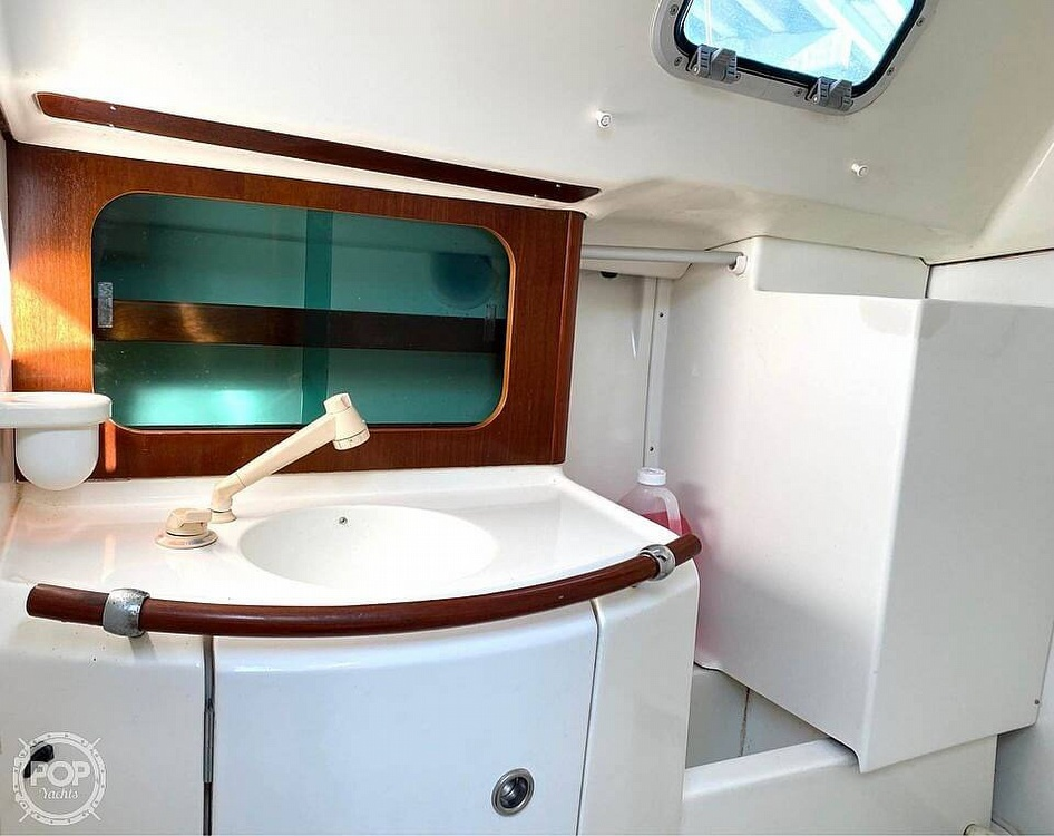 2000 Beneteau boat for sale, model of the boat is 311 & Image # 22 of 32