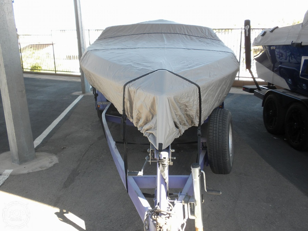 1996 Scarab boat for sale, model of the boat is 22 & Image # 7 of 40