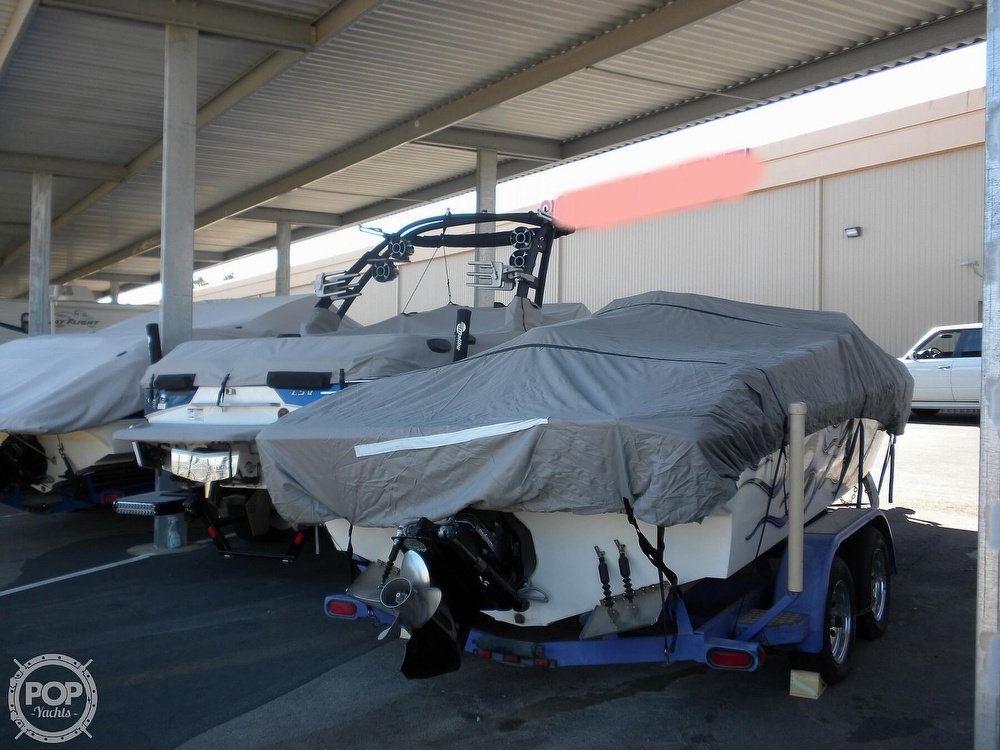 1996 Scarab boat for sale, model of the boat is 22 & Image # 9 of 40
