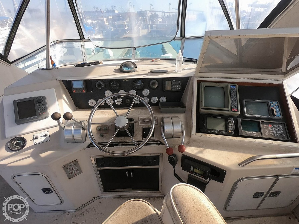 1988 Sea Ray boat for sale, model of the boat is 430 Convertible & Image # 10 of 40