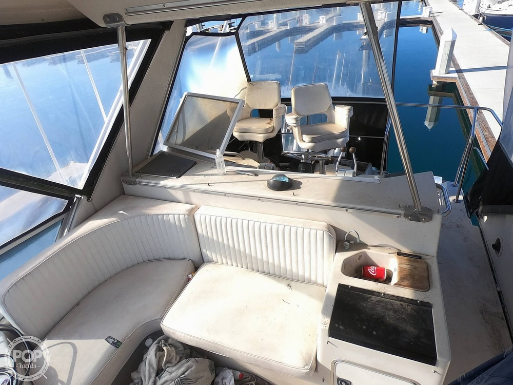 1988 Sea Ray boat for sale, model of the boat is 430 Convertible & Image # 13 of 40