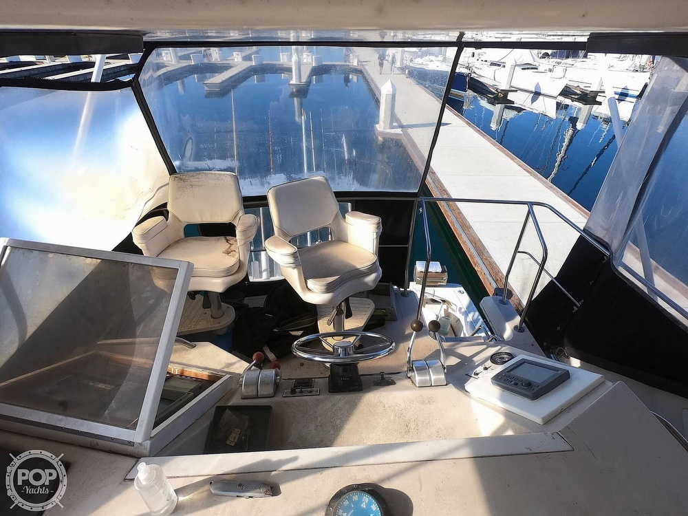 1988 Sea Ray boat for sale, model of the boat is 430 Convertible & Image # 14 of 40