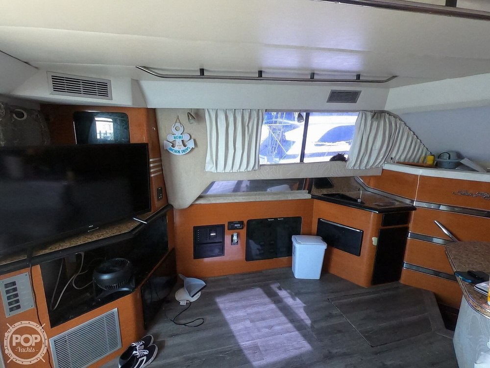 1988 Sea Ray boat for sale, model of the boat is 430 Convertible & Image # 20 of 40