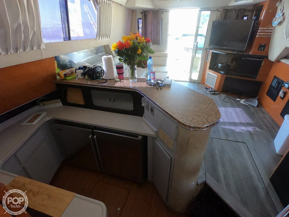 1988 Sea Ray boat for sale, model of the boat is 430 Convertible & Image # 31 of 40