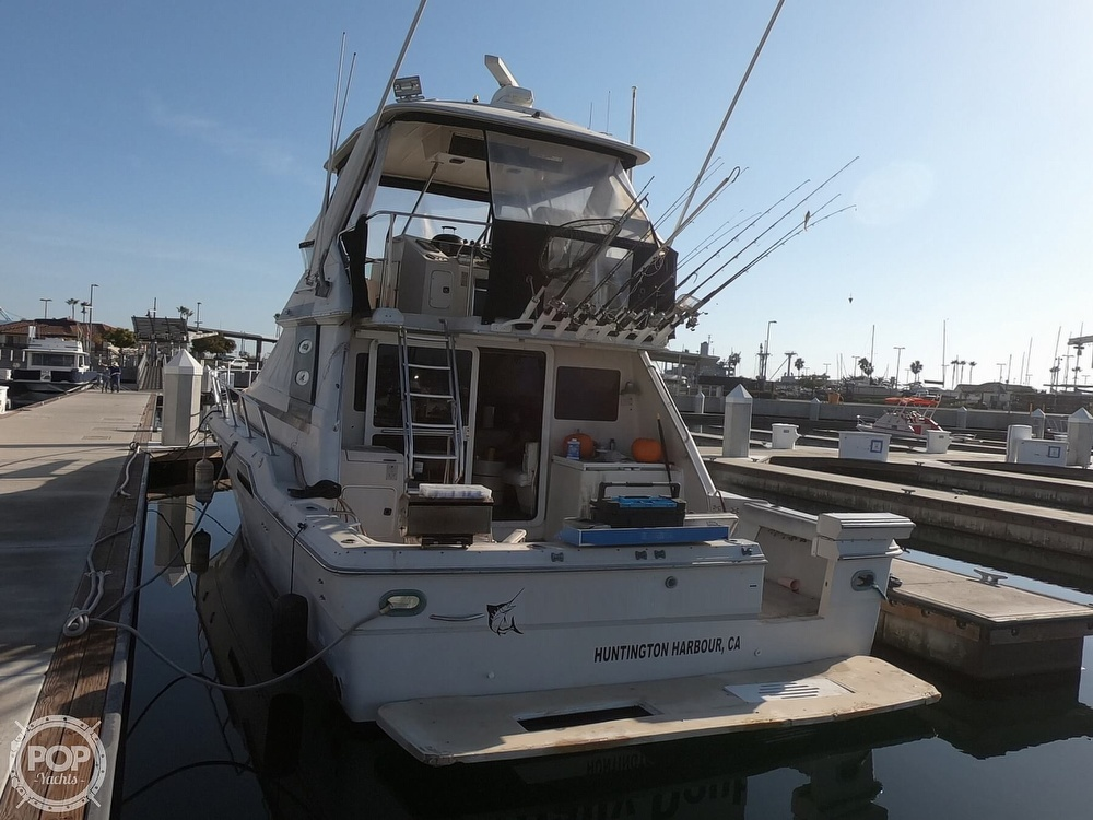 1988 Sea Ray boat for sale, model of the boat is 430 Convertible & Image # 33 of 40