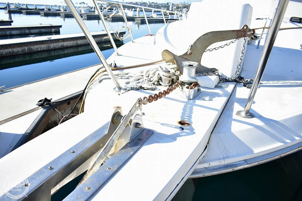 1988 Sea Ray boat for sale, model of the boat is 430 Convertible & Image # 35 of 40