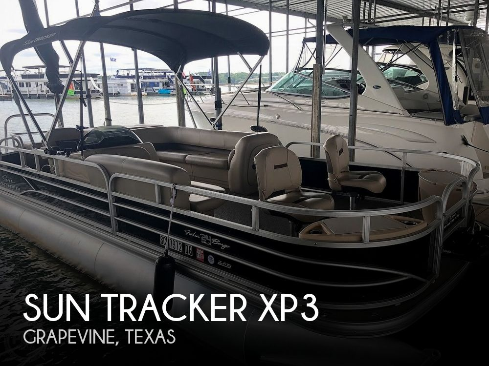 2017 Sun Tracker boat for sale, model of the boat is XP3 Fishing Barge & Image # 1 of 40