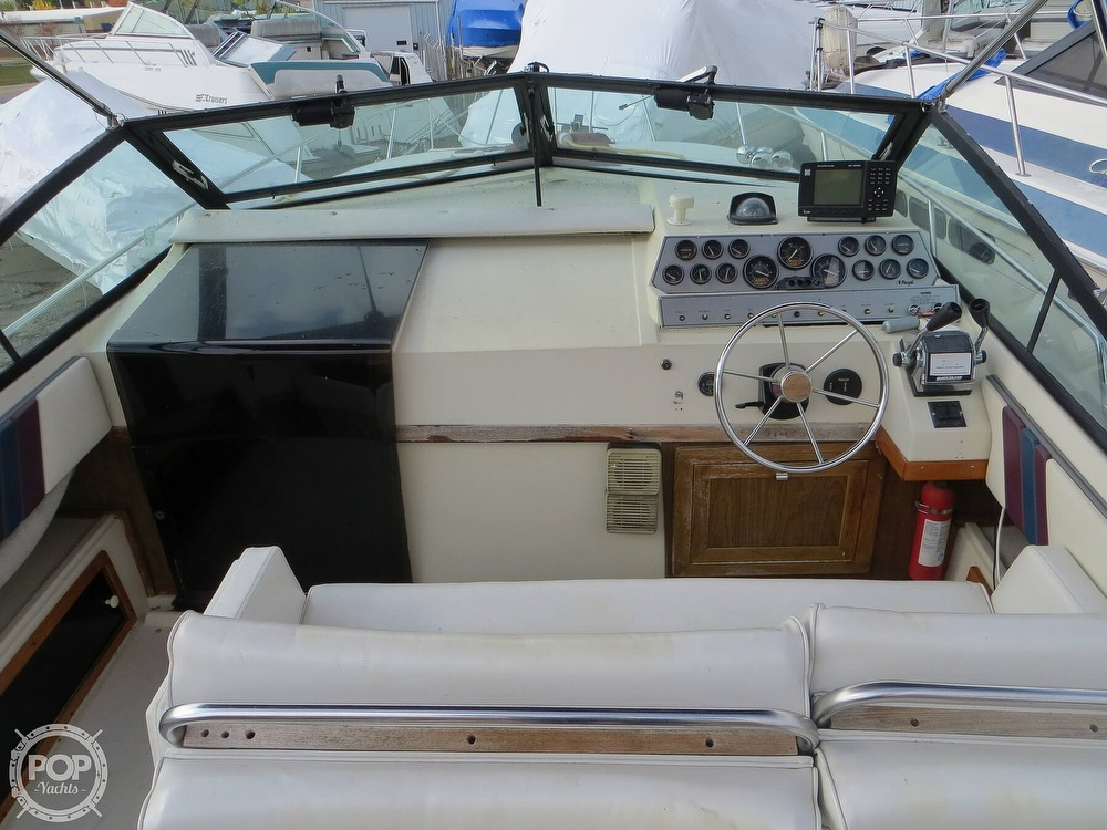 1987 Regal boat for sale, model of the boat is Commodore 277 & Image # 2 of 40
