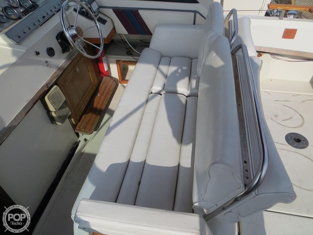 1987 Regal boat for sale, model of the boat is Commodore 277 & Image # 3 of 40