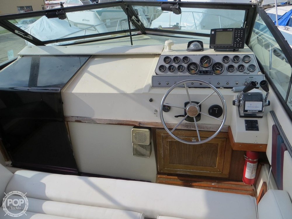 1987 Regal boat for sale, model of the boat is Commodore 277 & Image # 17 of 40