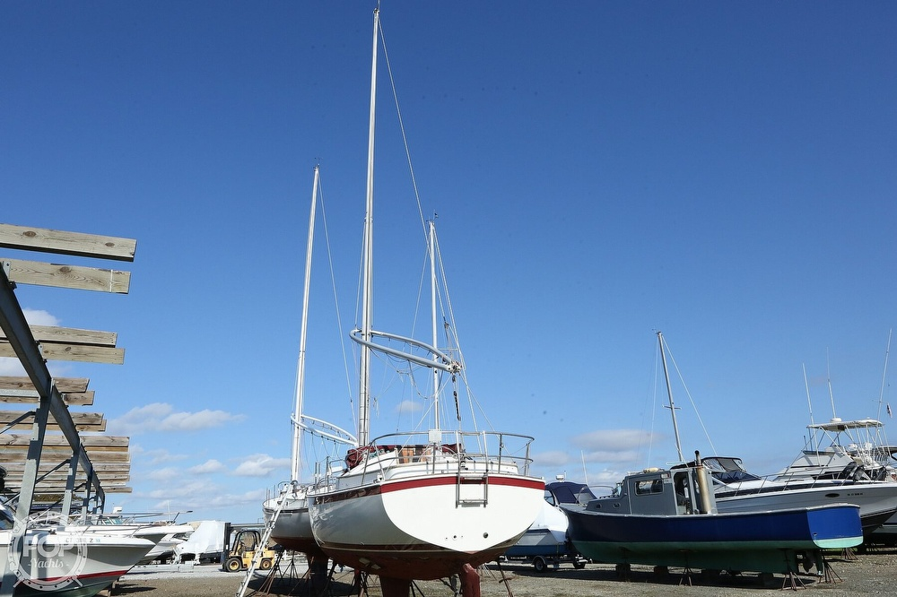 1983 Nonsuch boat for sale, model of the boat is 26 Classic & Image # 16 of 40