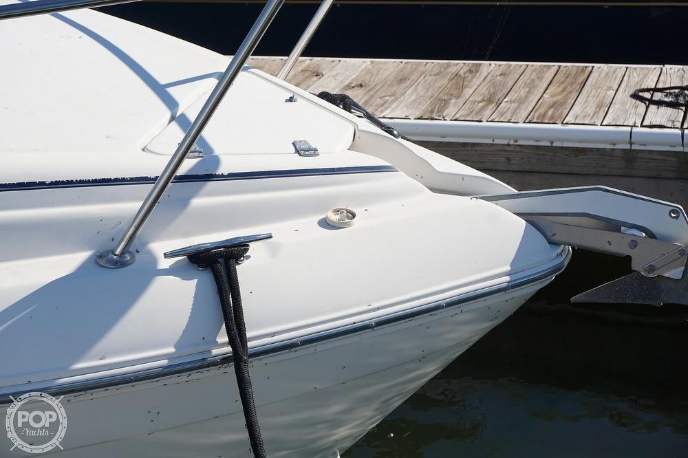 2000 Rinker boat for sale, model of the boat is 270 Fiesta Vee & Image # 22 of 40