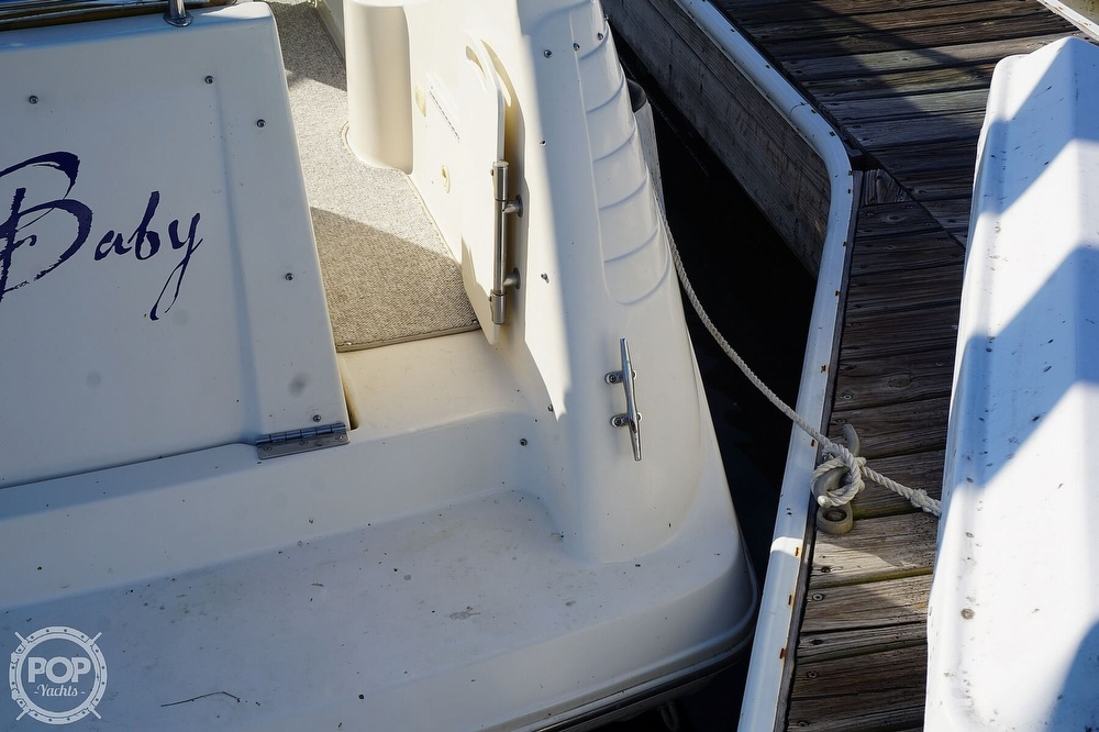 2000 Rinker boat for sale, model of the boat is 270 Fiesta Vee & Image # 28 of 40