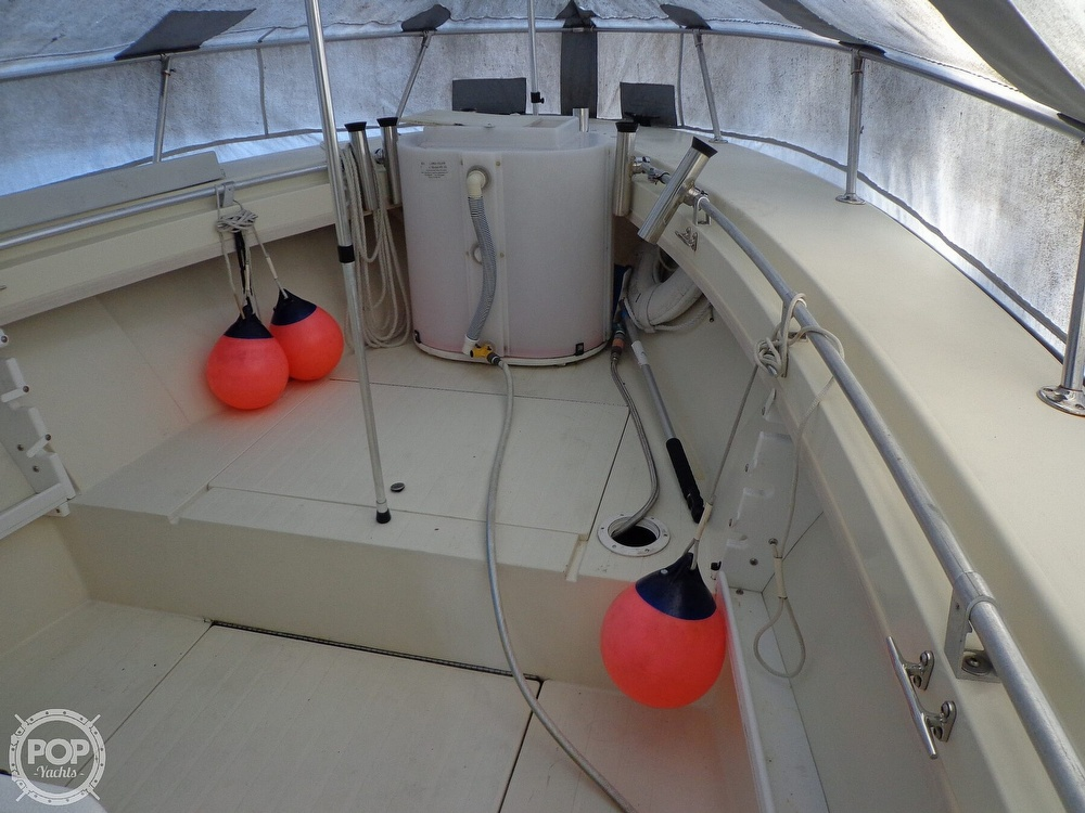 1977 Seacraft boat for sale, model of the boat is SF 23 Inboard & Image # 38 of 40