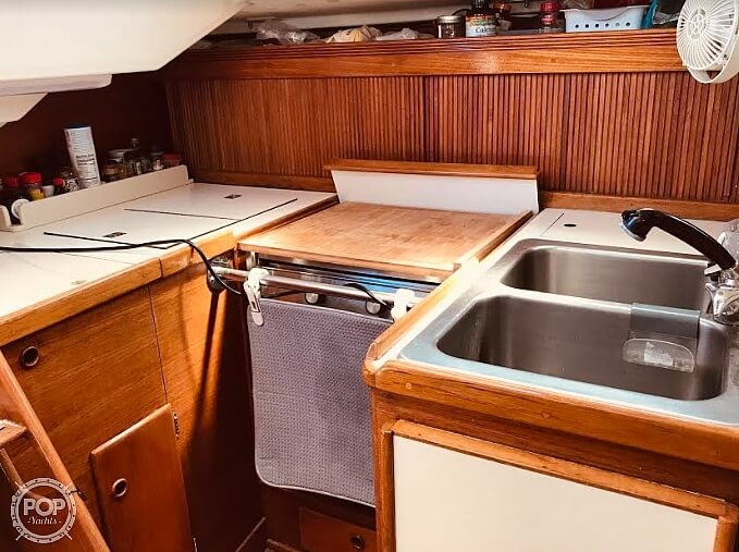 1988 Sabre boat for sale, model of the boat is 34 Mk II & Image # 8 of 40