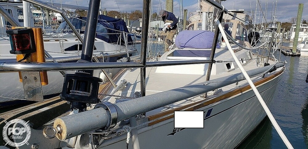 1988 Sabre boat for sale, model of the boat is 34 Mk II & Image # 20 of 40