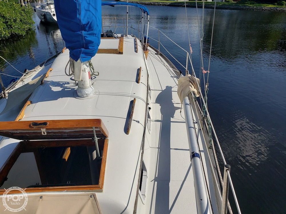 1967 Columbia boat for sale, model of the boat is 38 & Image # 20 of 40
