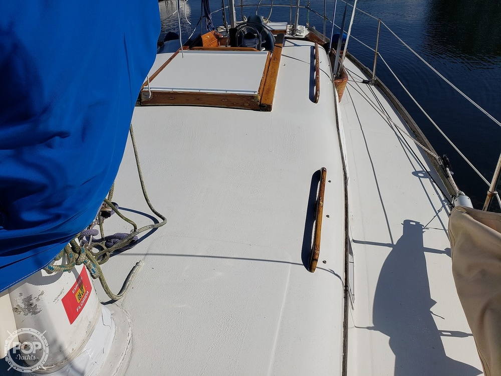 1967 Columbia boat for sale, model of the boat is 38 & Image # 26 of 40