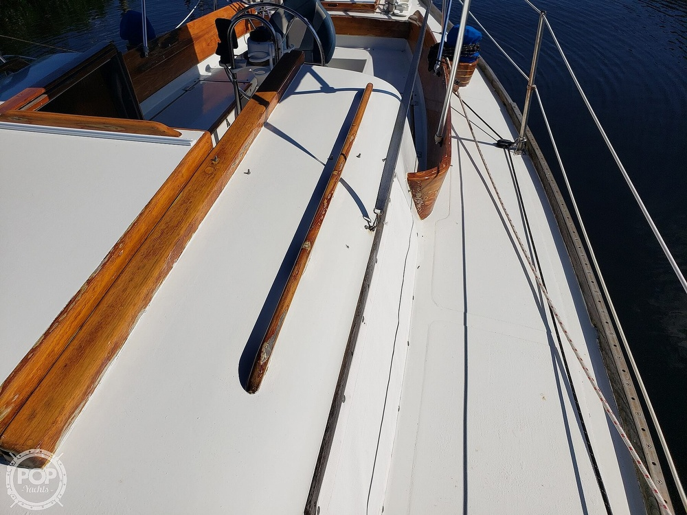 1967 Columbia boat for sale, model of the boat is 38 & Image # 27 of 40