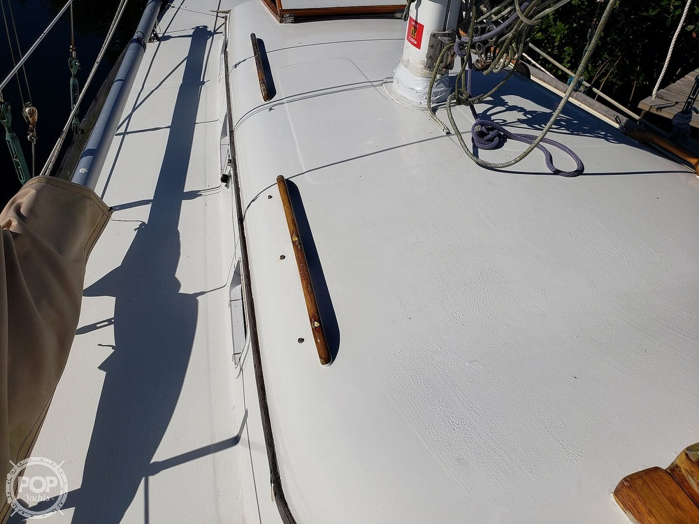 1967 Columbia boat for sale, model of the boat is 38 & Image # 28 of 40