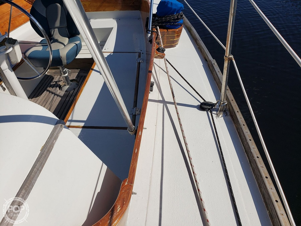 1967 Columbia boat for sale, model of the boat is 38 & Image # 31 of 40