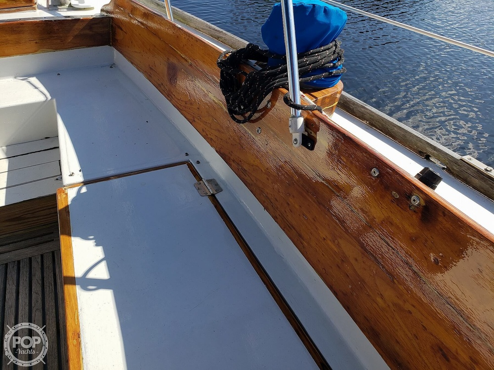 1967 Columbia boat for sale, model of the boat is 38 & Image # 32 of 40
