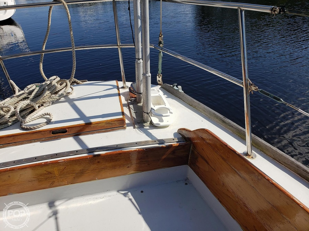 1967 Columbia boat for sale, model of the boat is 38 & Image # 33 of 40