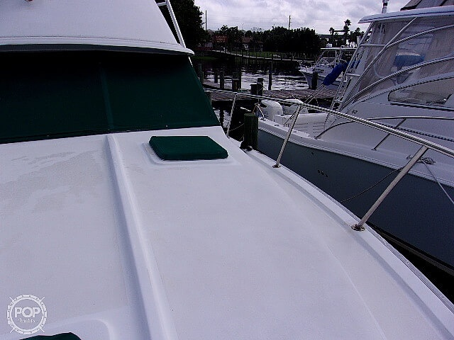1987 Silverton boat for sale, model of the boat is Convertible & Image # 18 of 40