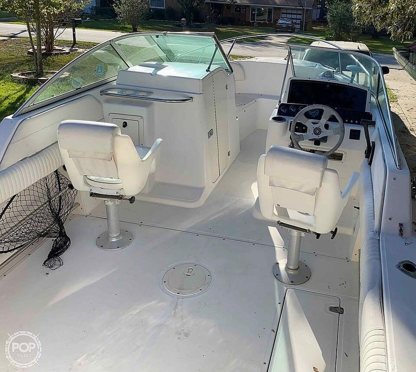 2001 Boston Whaler boat for sale, model of the boat is 21 Ventura & Image # 4 of 40