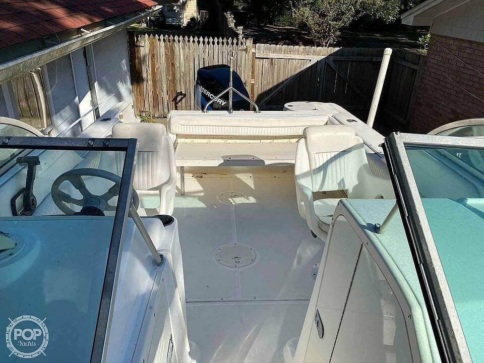2001 Boston Whaler boat for sale, model of the boat is 21 Ventura & Image # 8 of 40