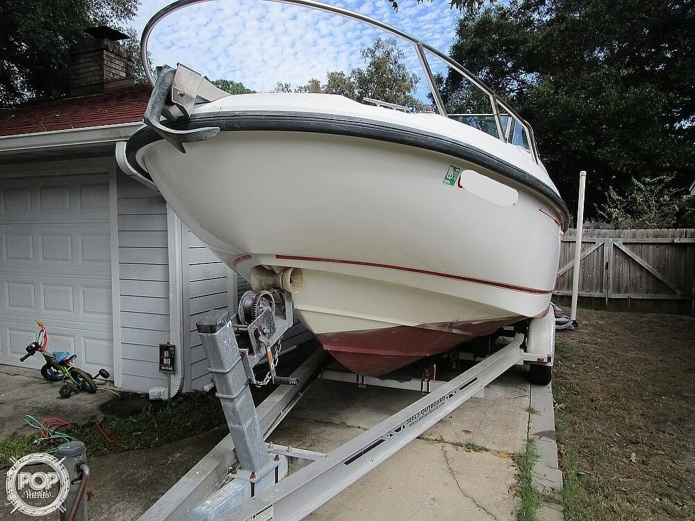 2001 Boston Whaler boat for sale, model of the boat is 21 Ventura & Image # 2 of 40