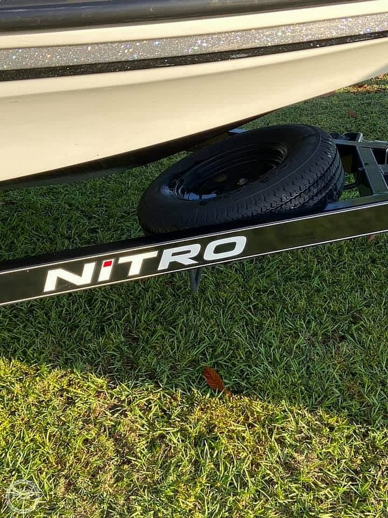 2015 Nitro boat for sale, model of the boat is Z7 & Image # 19 of 20