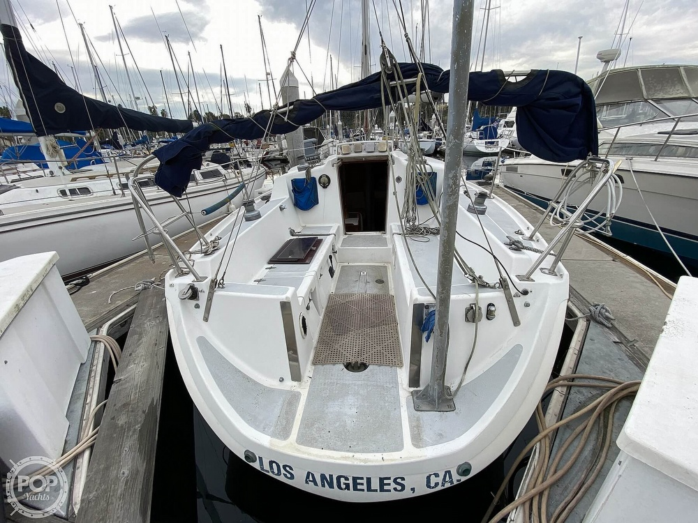 1986 Lotus 9.5 boat for sale, model of the boat is 31 & Image # 2 of 40