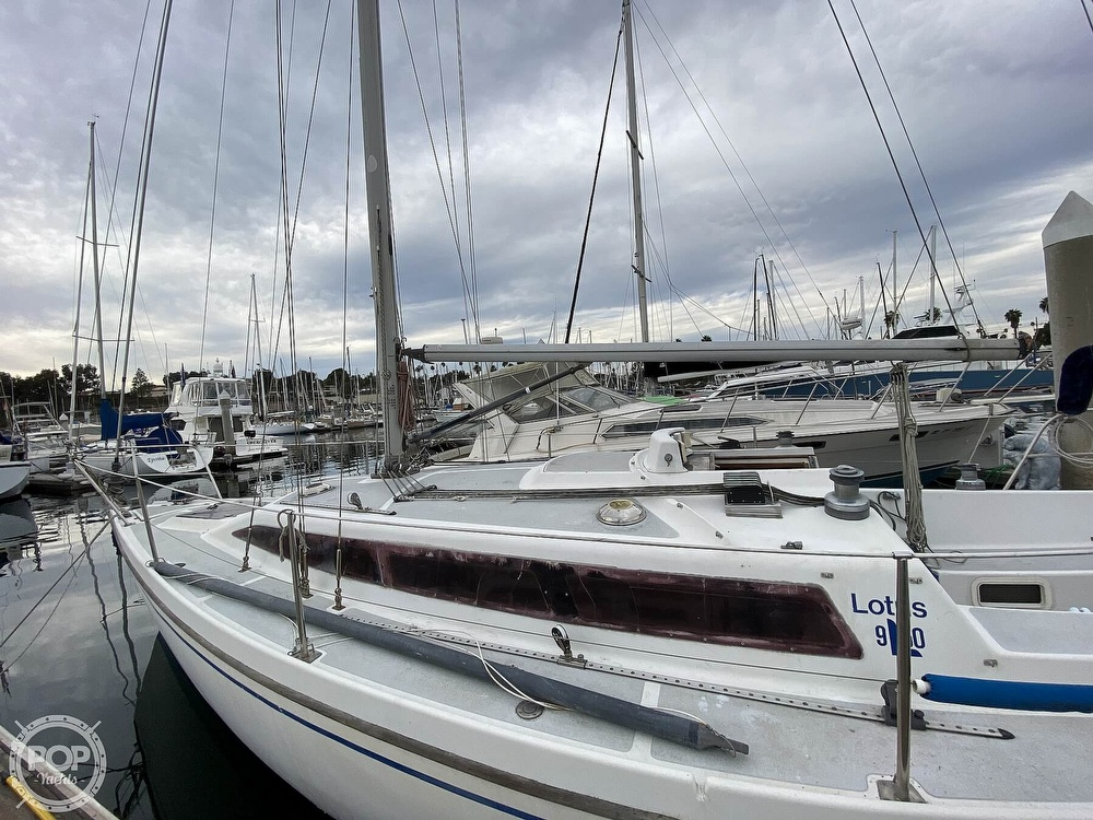 1986 Lotus 9.5 boat for sale, model of the boat is 31 & Image # 17 of 40