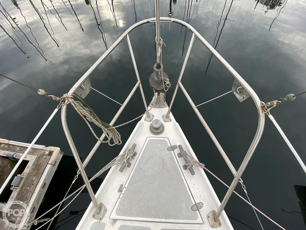 1986 Lotus 9.5 boat for sale, model of the boat is 31 & Image # 7 of 40