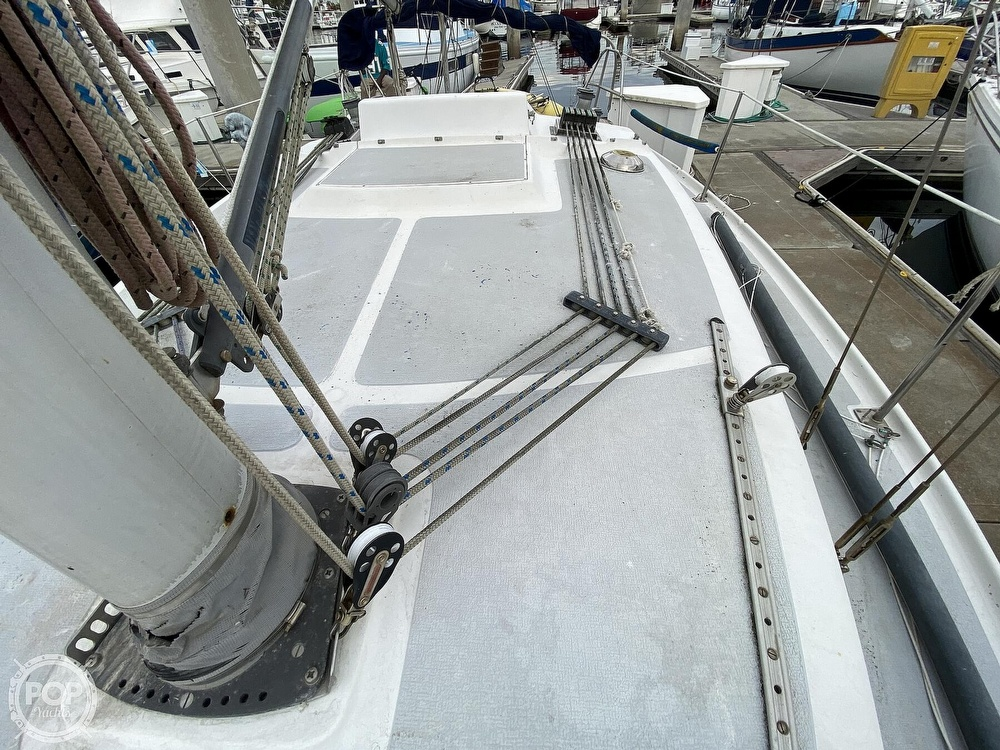 1986 Lotus 9.5 boat for sale, model of the boat is 31 & Image # 38 of 40
