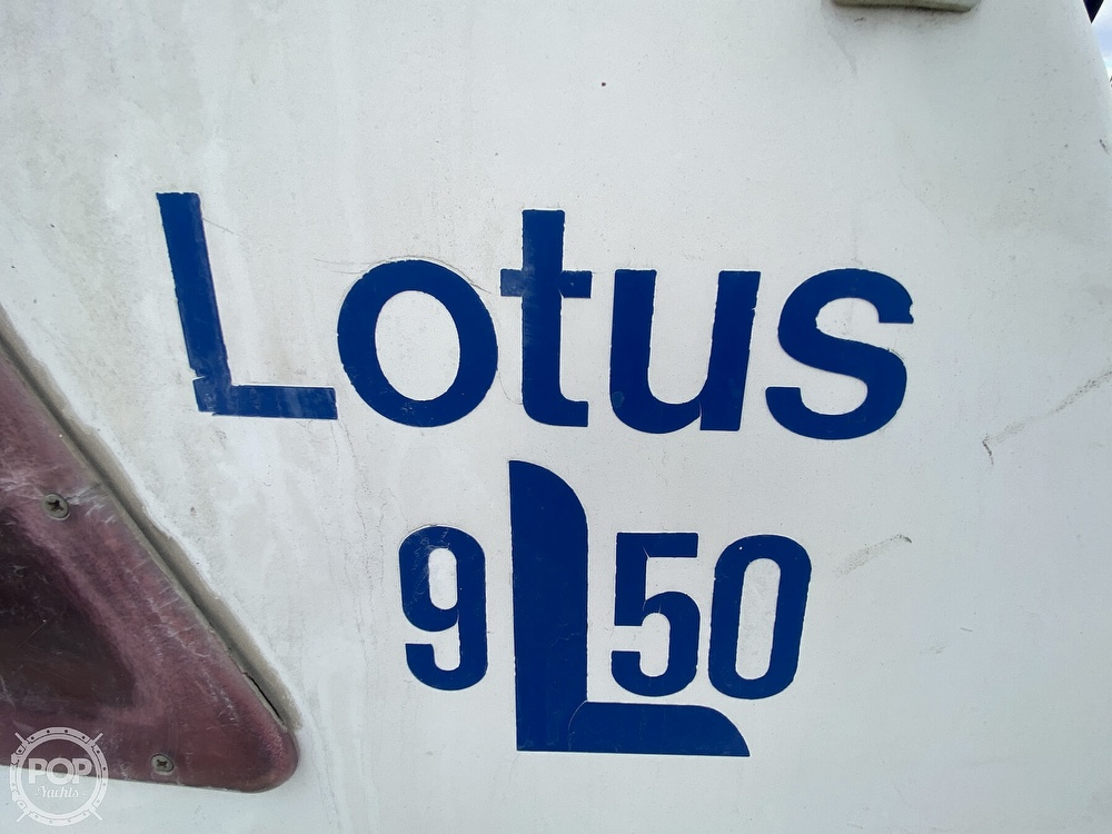 1986 Lotus 9.5 boat for sale, model of the boat is 31 & Image # 4 of 40