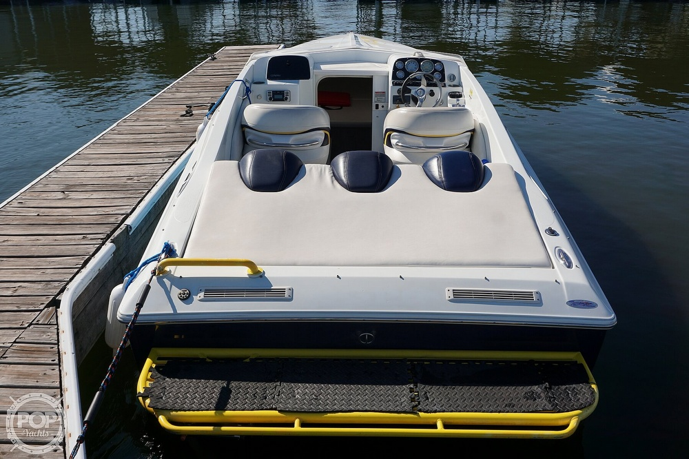 2006 Baja boat for sale, model of the boat is Outlaw 25 & Image # 14 of 40